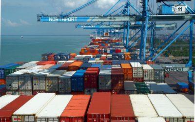 【新闻】大马11月出口增14.4% 进口升15.2%