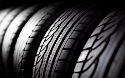 【头文字C】佳节开长途车,汽车轮胎检查了吗?