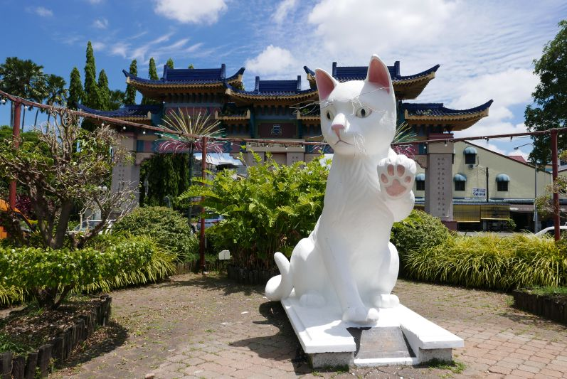 【生活哪里有问题】 转型的猫城,什么该留下?