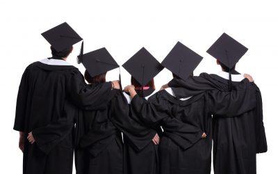 【下班有话题】大学毕业礼收费820令吉,你觉得合理吗?