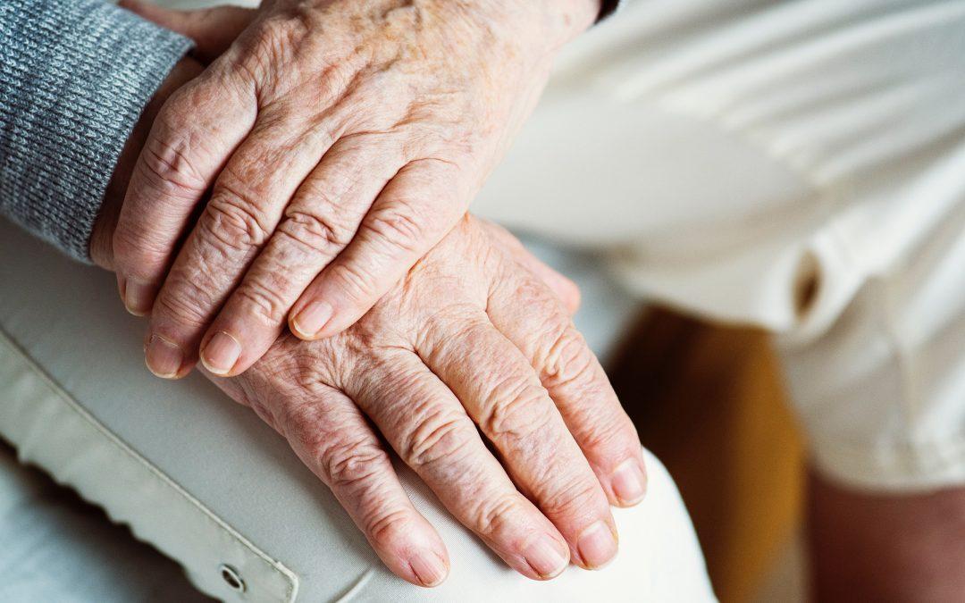【下班有话题】老龄化社会的窘境:以后谁来养你?
