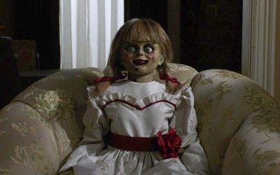 【一出好戏】《ANNABELLE COMES HOME》和幽灵开Party,恐怖气氛极佳!