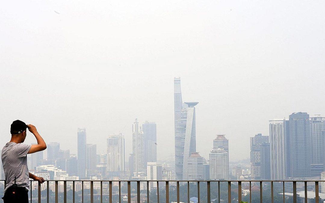 【下班有话题】一面口罩挡得了烟霾威胁?
