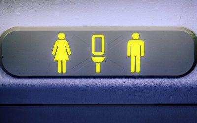 【下班有话题】飞机起降不能上厕所? 小心被罚款