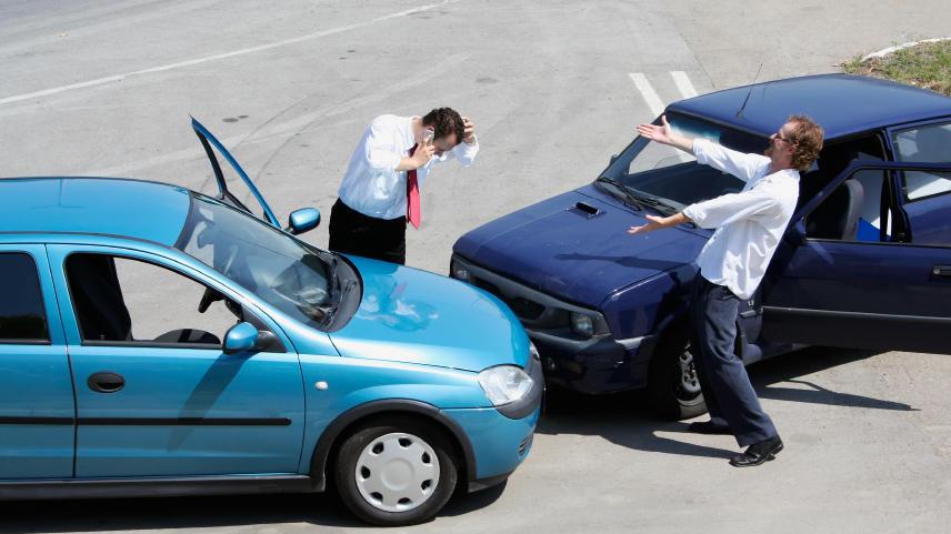 【城市方向盘】撞车了,怎么办?怎么办?
