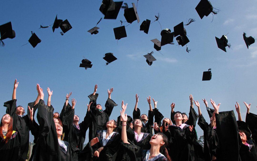 【下班有话题】免费大学教育在马来西亚可行吗?