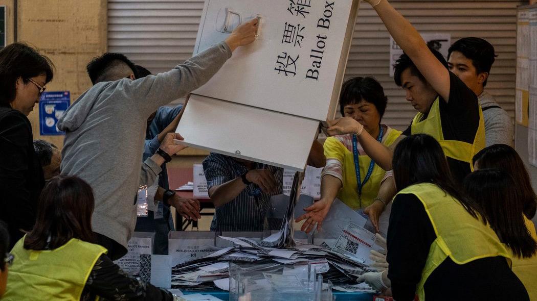 【就是有话说】区议会选举之后的香港