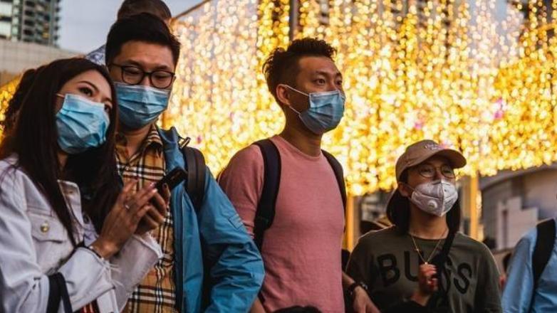 【下班有话题】新冠肺炎成全球大流行,出国旅行要三思