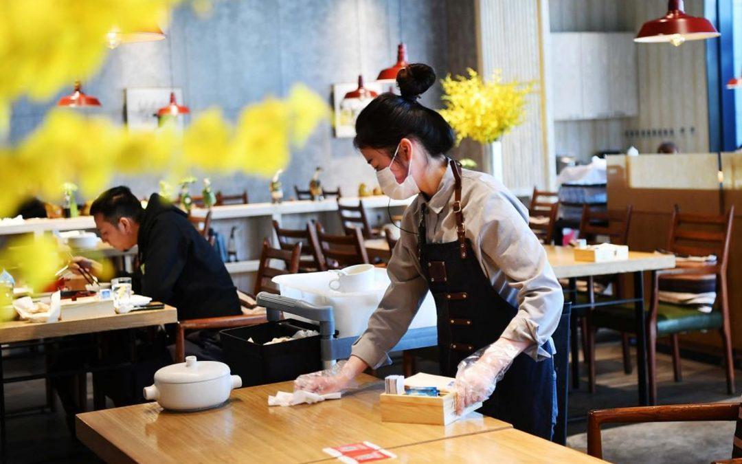"""【早班精华】后疫情时代,餐饮业必须面对的""""经济新常态"""""""